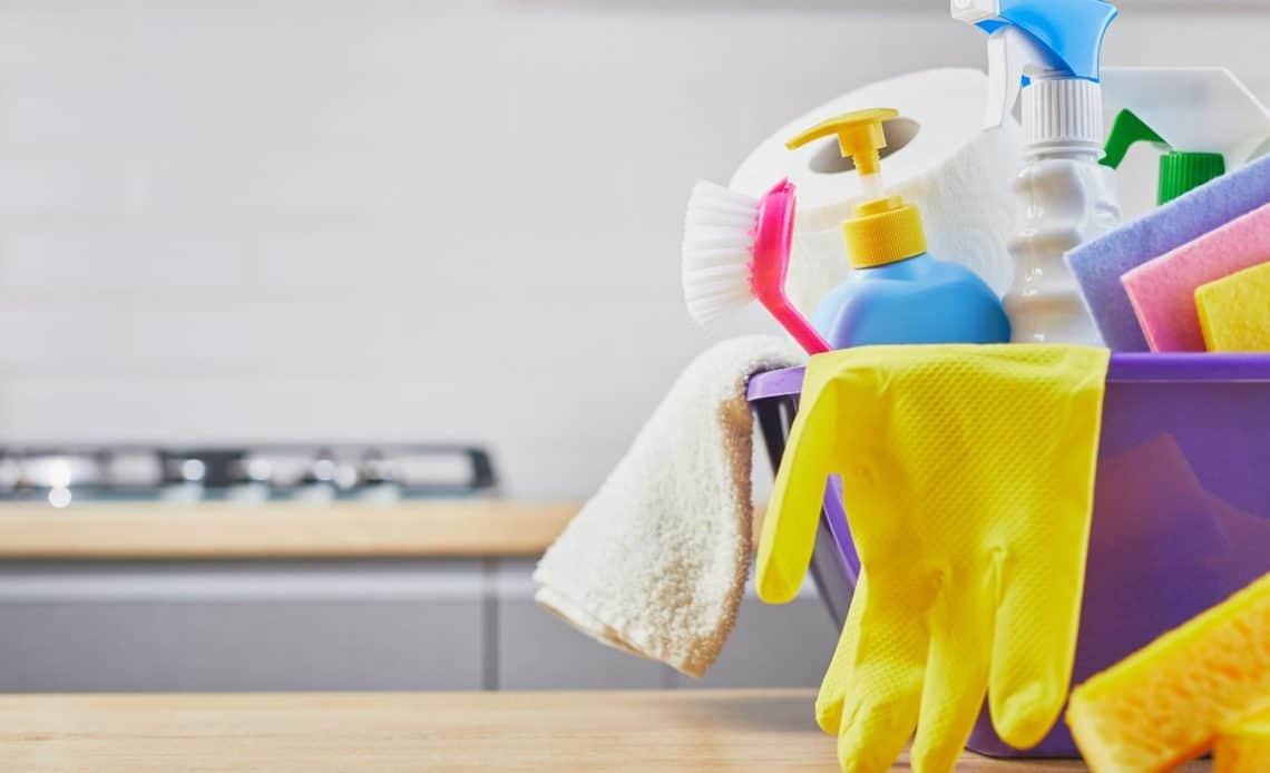 Niezbędnik sprzątania! Akcesoria, które warto mieć w domu