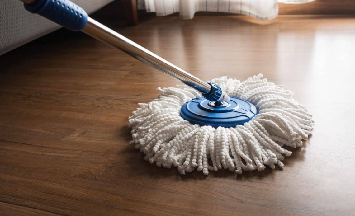 Domowy sposób na mycie podłogi