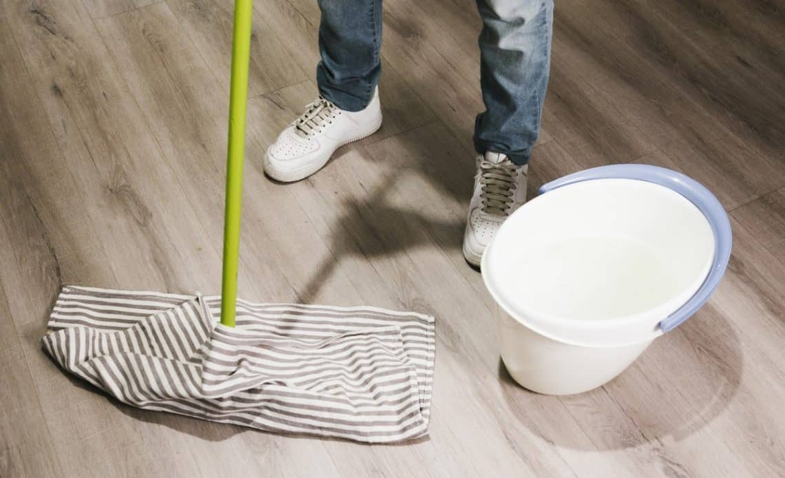ABC mycia podłóg z drewna