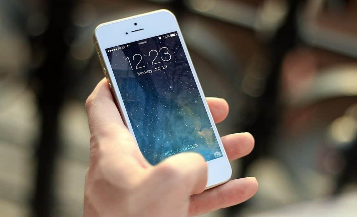 Ubezpieczenie smartfona - gdzie kupić i czy warto?