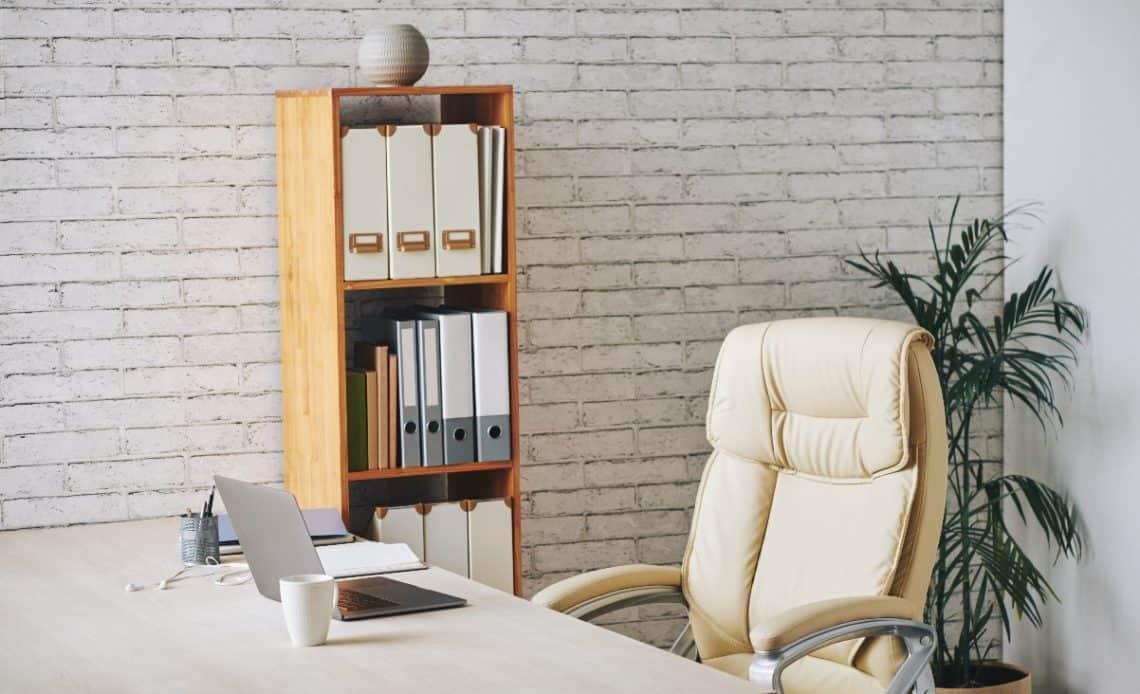 Jaki fotel do biurka wybrać?