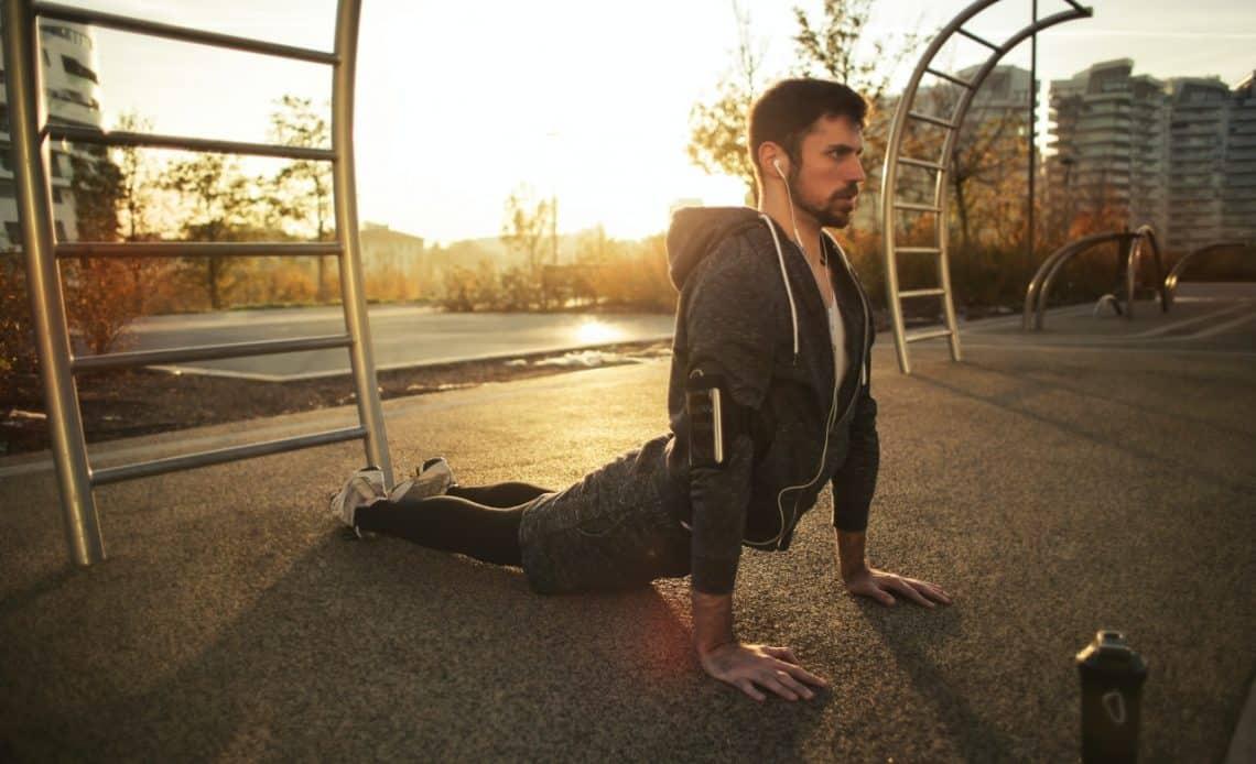 Sprzęt do ćwiczeń, który możesz zabrać ze sobą na spacer