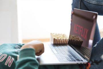 Premiery seriali w 2021 roku - co warto oglądać?