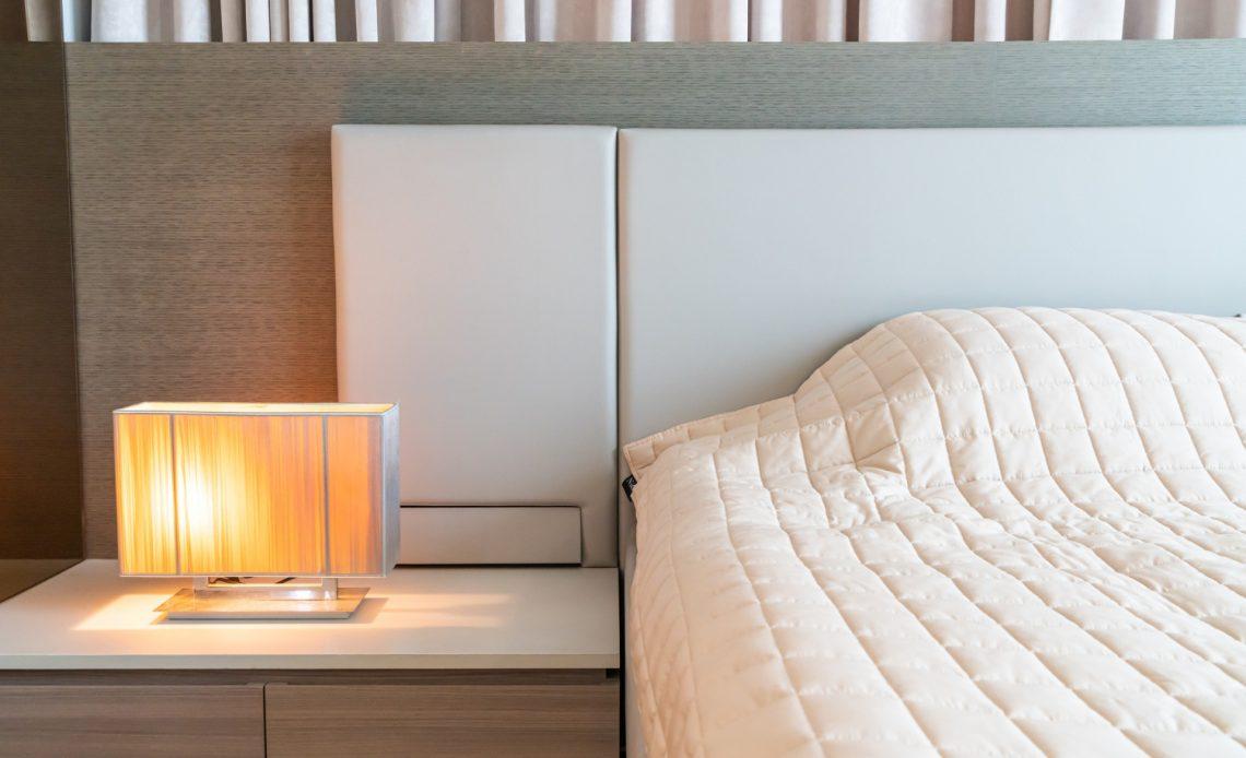 Narzuta na łóżko do sypialni – jaką wybrać?
