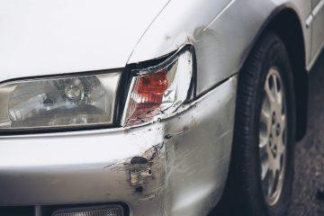 Stłuczka na parkingu - co robić?