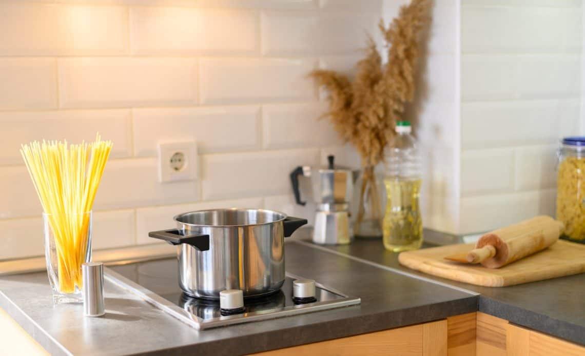 5 rzeczy przydatnych w kuchni singla