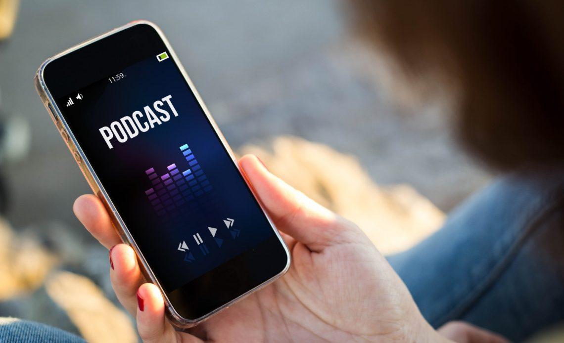 Jakie podcasty warto słuchać? Krótki przegląd